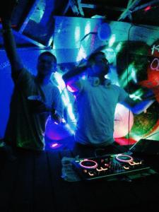 Klub ODS pārtijas ir labās rokās – DJ Velcro rokās!