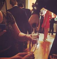 Svinības Ņujorkā – gatavojoties pusnakts šampaniešu sveicienam!