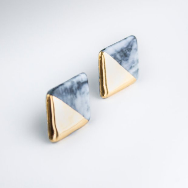 gray_stud_earrings_44_-301ee5469a397165f1f043c2c032cb98.jpg
